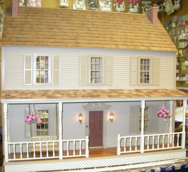 Dover Dollhouse Kit with Milled in Siding - Click Image to Close
