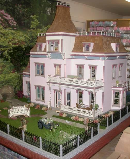 2 1 2 X 5 Victorian Window Ac 1121 10 00 Miniature