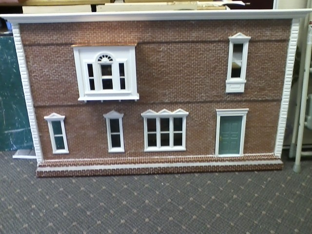 Double Sided Colonial Dollhouse - Click Image to Close